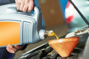 Sử dụng không đúng loại dầu nhớt thích hợp cho xe sẽ gây hỏng nặng cho động cơ