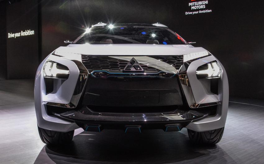 Cận cảnh chi tiết Mitsubishi E-Evolution Concept SUV công nghệ cao