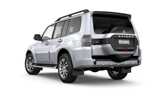 Giá xe Mitsubishi mới nhất tháng 1/2018
