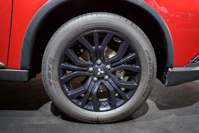Mitsubishi Outlander Black Edition lắp ráp ở Việt Nam
